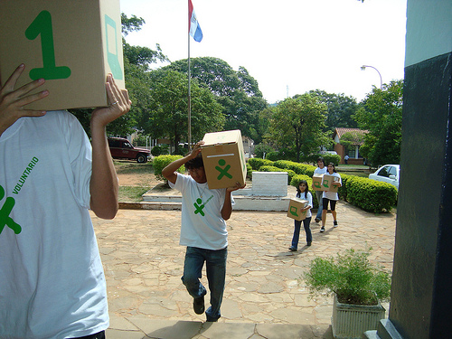 1,250 XO laptops are heading to Sri Lanka!